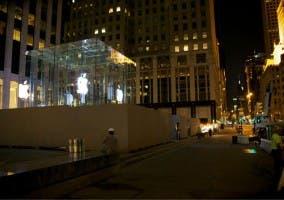 Apple-Store-Fifth-Avenue-glass-cube-cubo-cristar-quinta-avenida