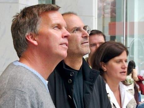 Ron Johnson, vicepresidente de Apple, deja la compañía
