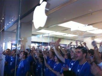 Treinta y tres Apple Store nuevas antes de finalizar el año fiscal