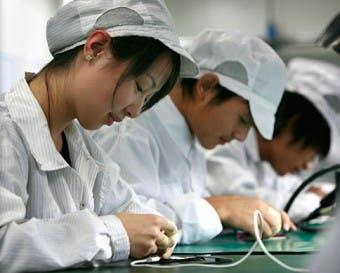 Foxconn quiere remplazar parte de su plantilla con un millón de robots
