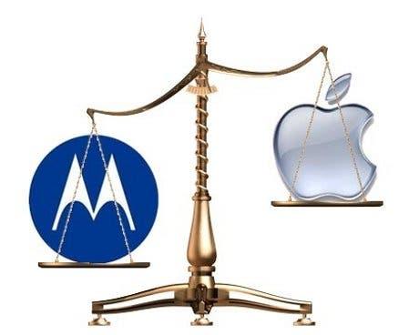 Motorola va a por Apple en Alemania