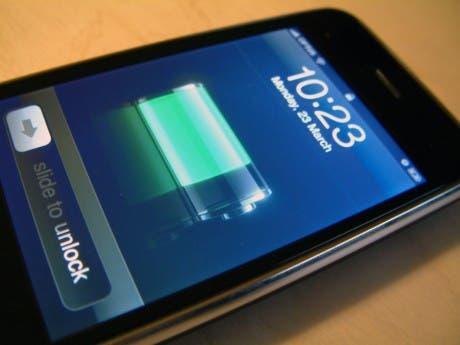 Imagen de un iPhone cargando