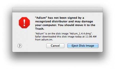 Gatekeeper advirtiendo de que Adium es una aplicación peligrosa y que debemos eliminarla de nuestro equipo