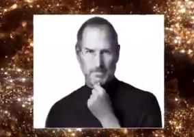 Steve Jobs recibe un Grammy
