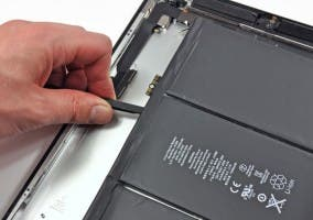 Fotografía de iFixit de la batería del iPad