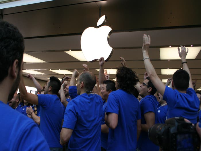 Inauguración de la Apple Store en Gran Plaza 2