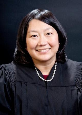 Retrato Juez Koh
