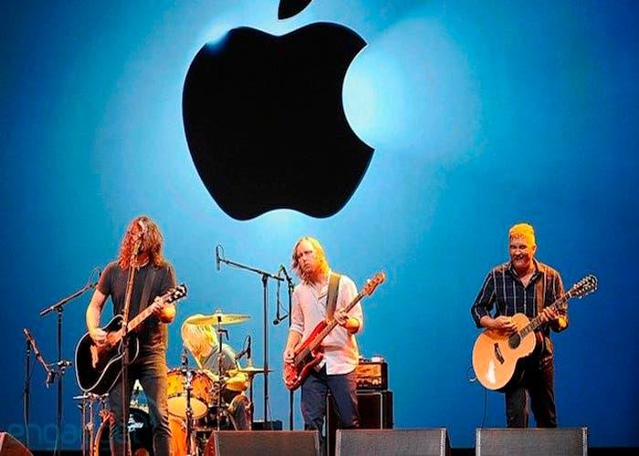 Los Foo Fighters cerraron la Keynote con una actuación