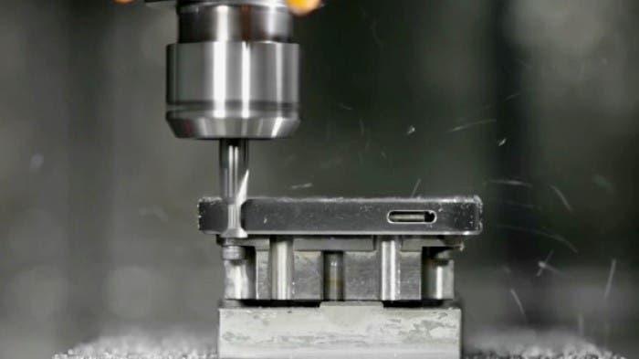 Proceso de biselado del iPhone 5