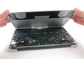 Teardown del nuevo MacBook Pro de 13 pulgadas con pantalla Retina