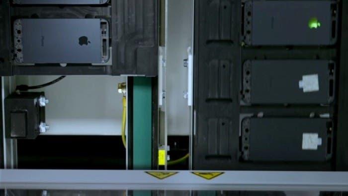 Producción parte trasera iPhone 5