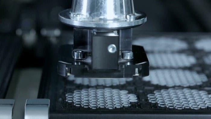 Proceso de producción lente iPhone 5 III