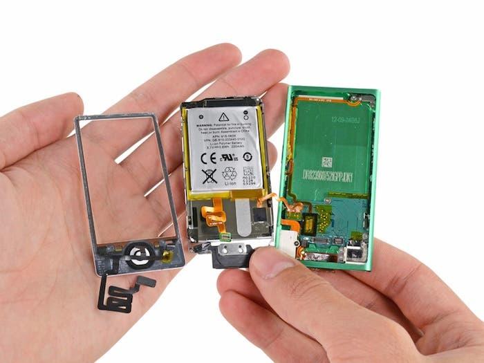 Desmontando iPod nano 7G: Dispositivo abierto