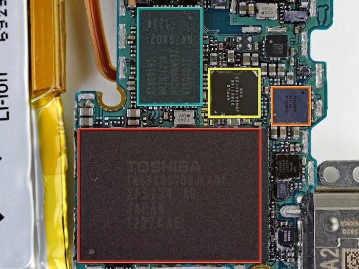 Desmontando el iPod nano 7G: Placa base trasera