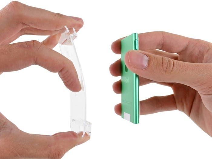 Tamaño de iPod nano 7G una vez sacado del estuche