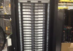 Data center construido con Mac mini