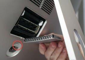 iMac 27 pulgadas compartimento memoria RAM