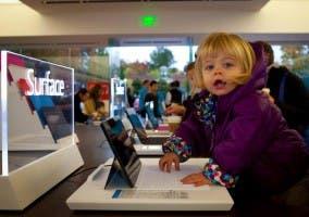 Las nuevas generaciones de usuarios prefieren Surface y Windows a Apple