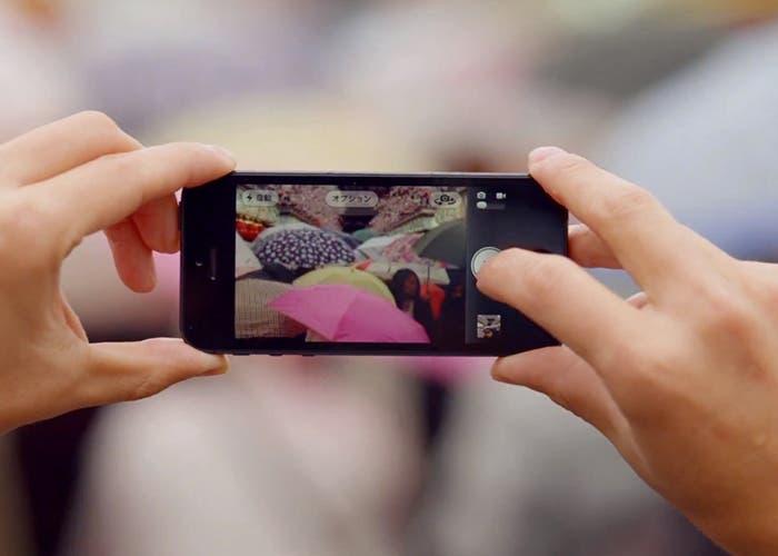 Captura del nuevo anuncio de la cámara del iPhone 5