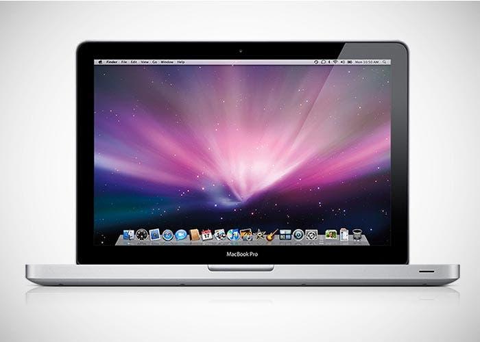 Imagen frontal de un MacBook Pro de 13 pulgadas