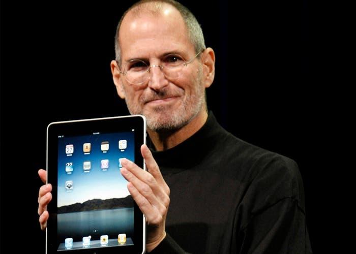 Steve Jobs anunció la muerte del *netbook* en la presentación del iPad