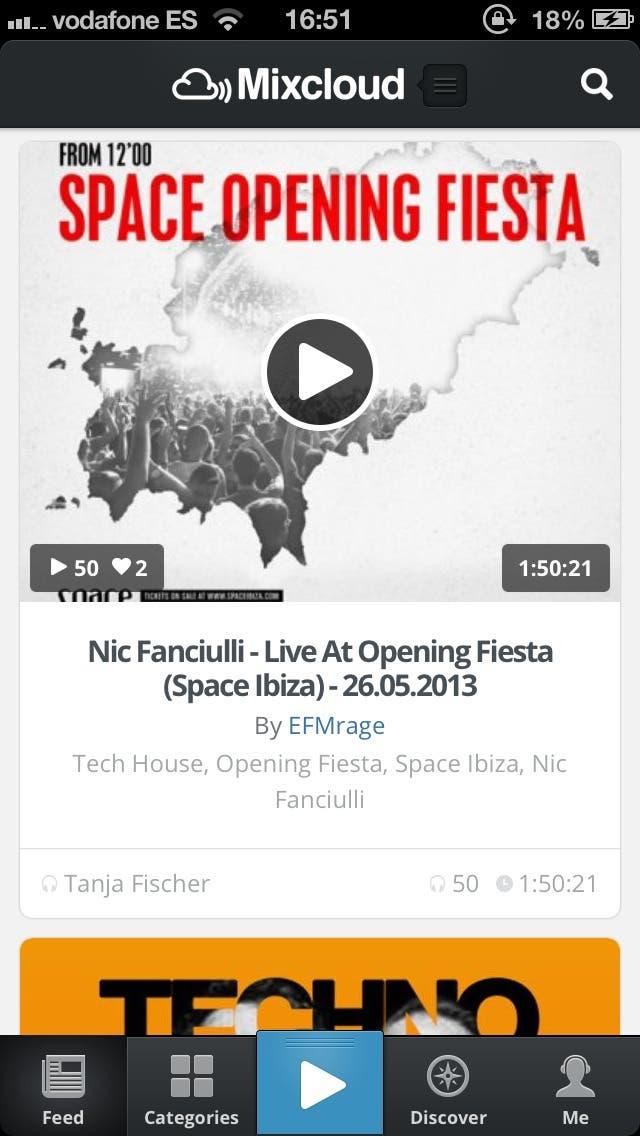 Captura de pantalla del feed en la nueva aplicación de Mixcloud para iPhone