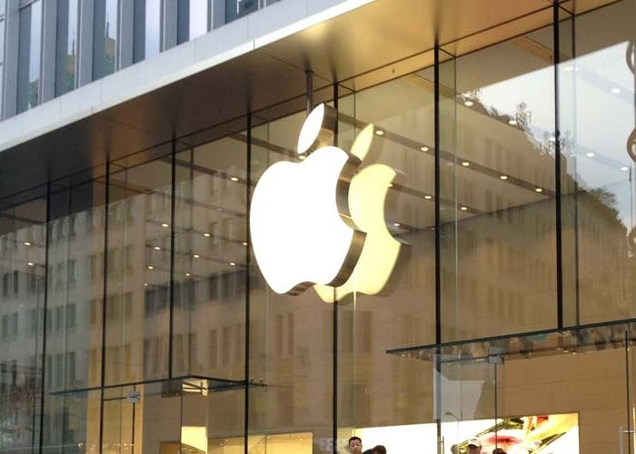 Tim Cook ha abierto la keynote mostrándonos las cifras de Apple