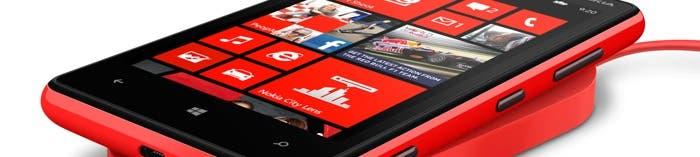 Nokia Lumia 820 cargando