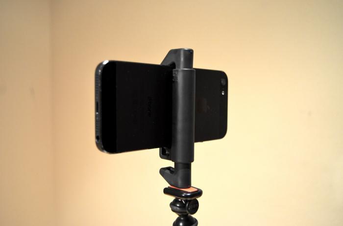 Hemos estado haciendo fotos con el iPhone y Glif, el soporte para trípode universal