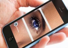 Aplicación FaceFusion en un iPhone 5c