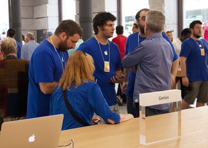 Empleados Apple Retail Store, Puerta del Sol
