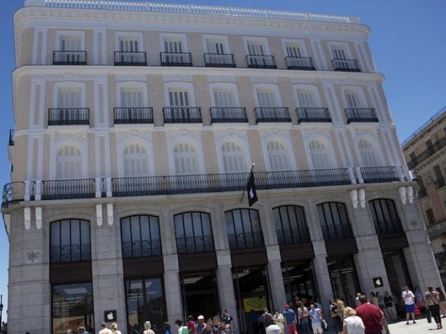 Inauguraci n de la apple retail store puerta del sol for Centro comercial la puerta del sol