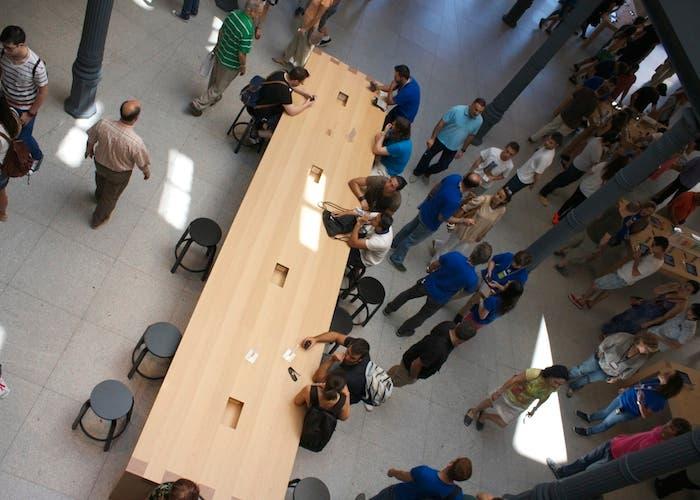 Apple Retail Store, Puerta del Sol, Genius Bar