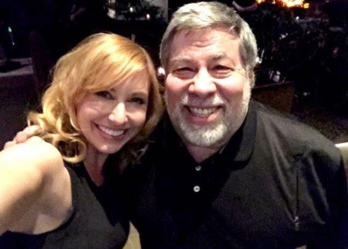 Steve Wozniak y Kari Byron