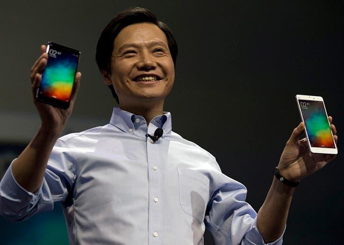 Lei Jun presenta los nuevos dispositivos de Xiaomi