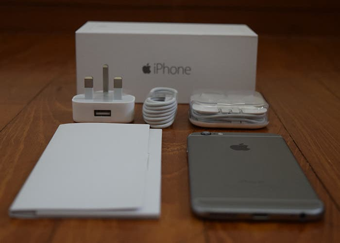 Unboxing iPhone 6 Plus