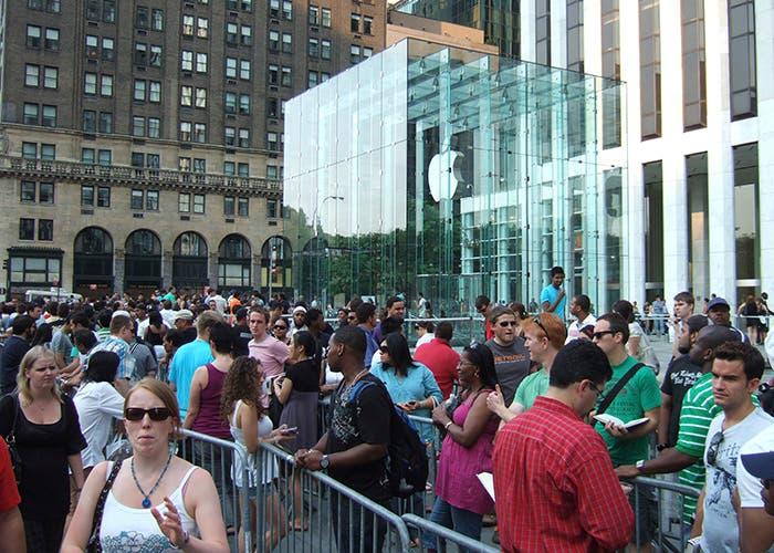 Colas en la Apple Store de Nueva York