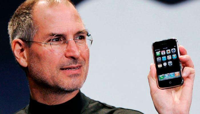 Steve Jobs y el primer iPhone