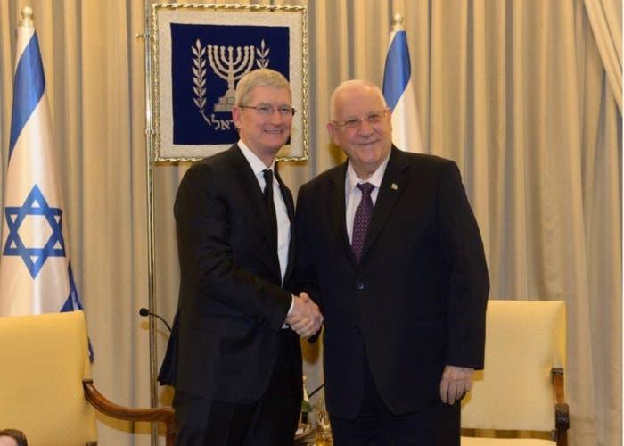 Tim Cook y el Presidente de Israel