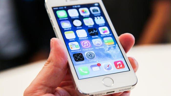 iPhone 5s, último tope de gama con cuatro pulgadas
