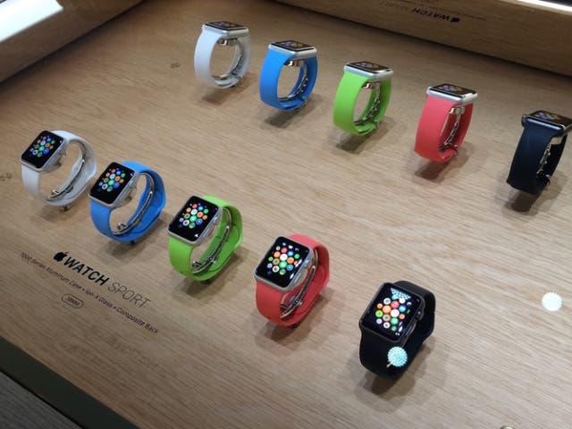 Las Apple Store se preparan para recibir al Apple Watch con nuevos escaparates