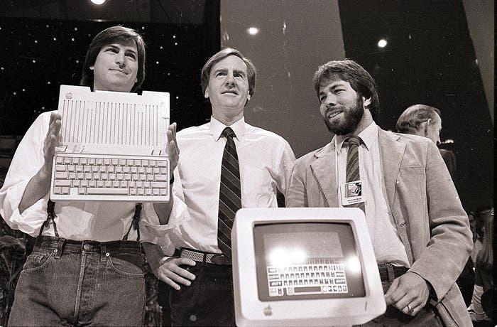 Jobs, Scully y Wozniak