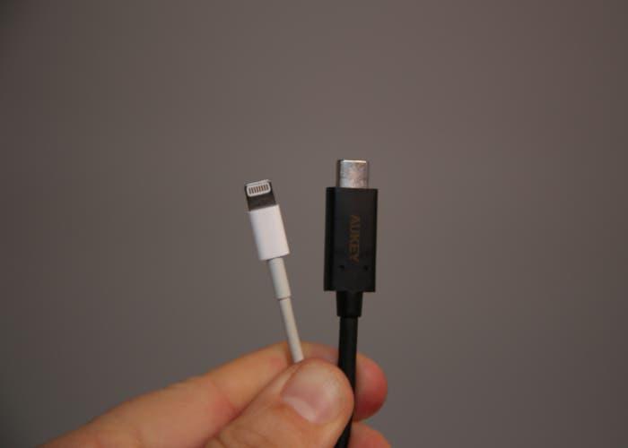 USB-C y Lightning