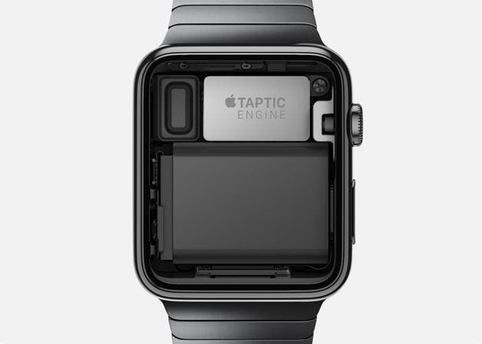 Foto del interior del Apple Watch y el Taptic Engine