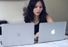 Cara a cara del MacBook y el MacBook Air de 11""