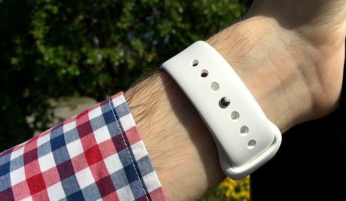Cierre correa deportiva blanca Apple Watch