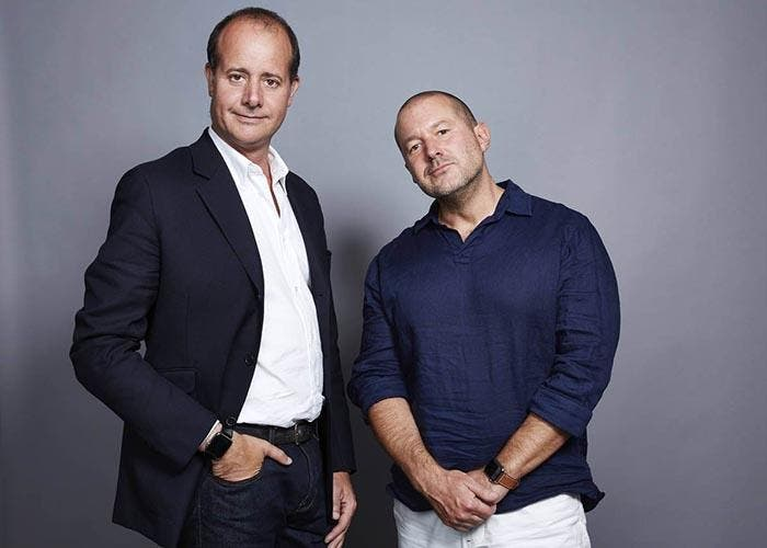 Jony Ive con el director creativo de Hermes