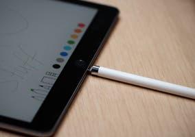 Apple Pencil cargandose