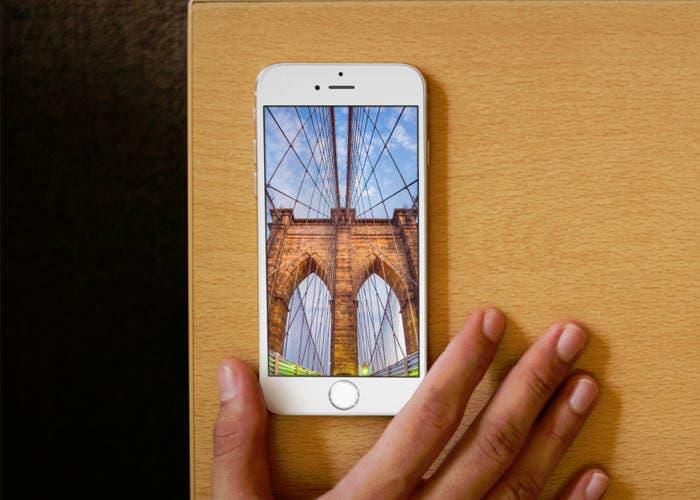 iPhone con fondo de ciudad