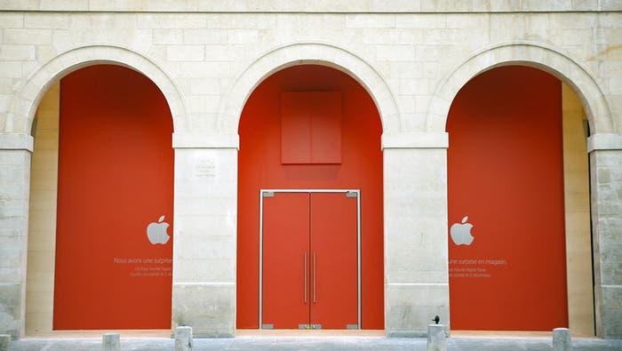 third Apple store in Paris